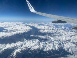 Alpengipfel aus dem Flugzeug